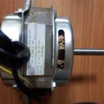 Двигатель стиральной машины YXD150-4j диам.вала=12мм мощн.=150W С=11.5мкФ